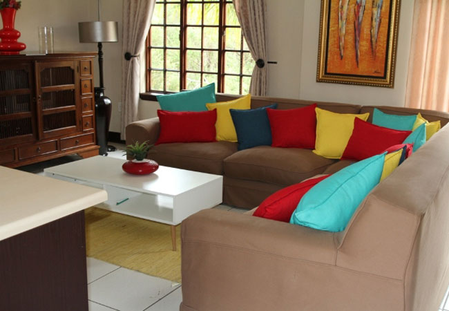 Deluxe family suite - lounge