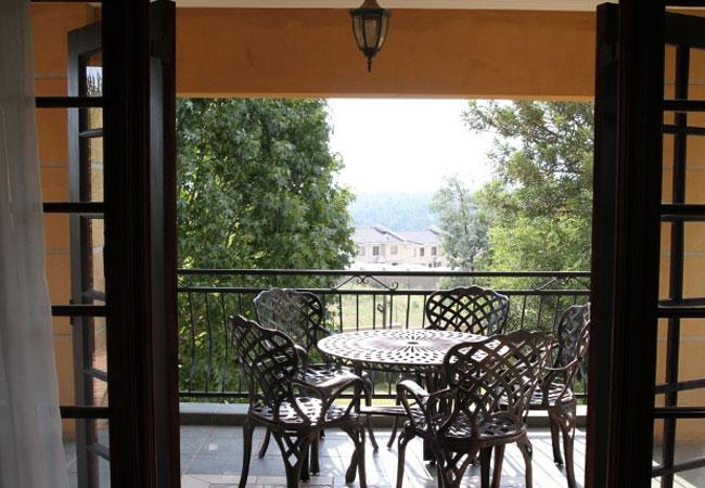 Deluxe luxury suite - balcony