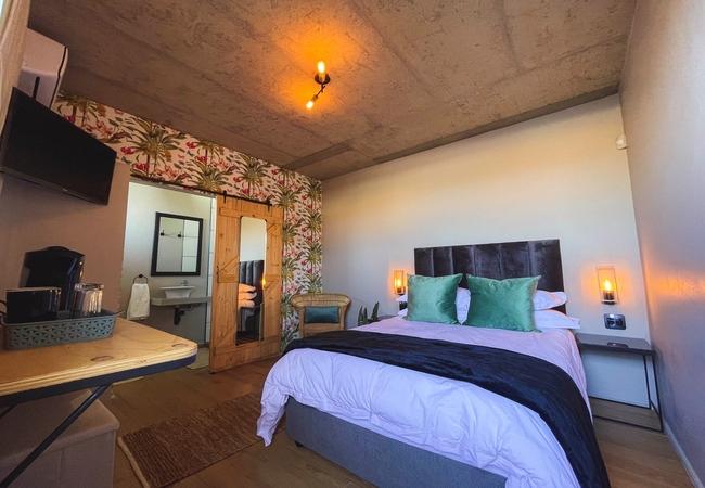 Ground Floor Room 4