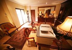Le Cozmo Guesthouse