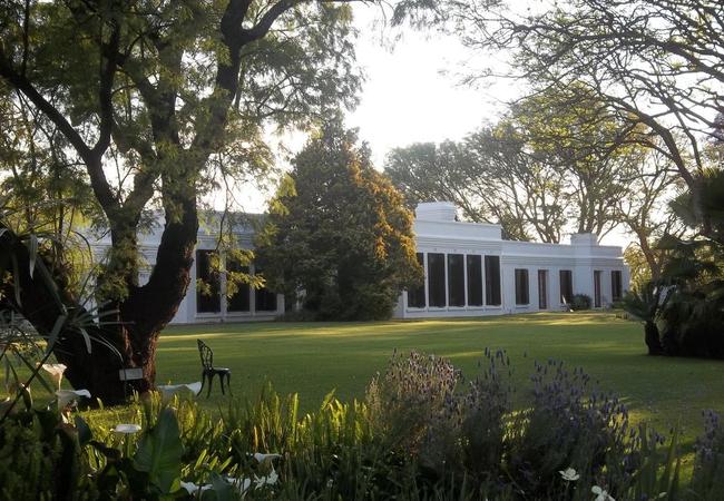 Leeuwenhof Country Lodge