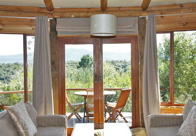 Jispa Cottage lounge