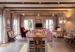 The Dairy (Sleeps 6 guests)
