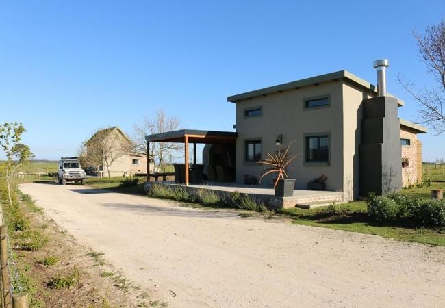 Friesland Cottage (Sleeps 6 adults and 2 children)