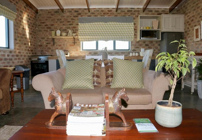 Jersey Cottage) Sleeps 2 adults and 2 children)
