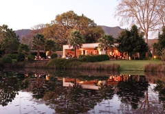 Lily Pond Country Lodge