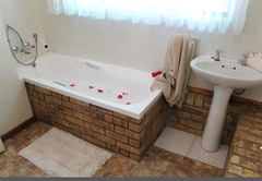 Chateau Cottage