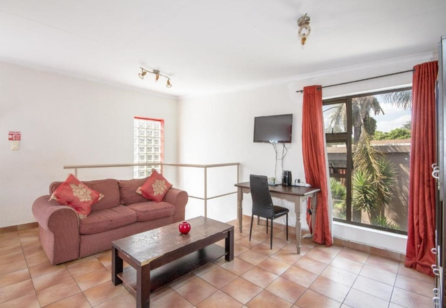 Self catering unit (Double story)