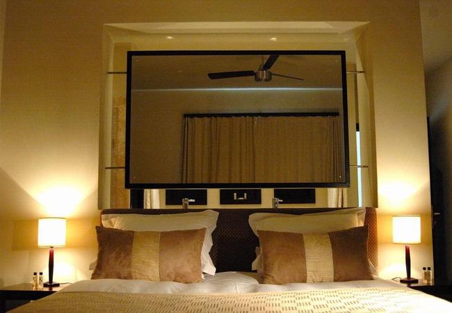 Room 3 - The Honeymoon Suite
