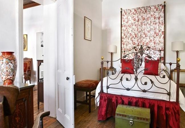 Olive Schreiner Historic Luxury Cottage