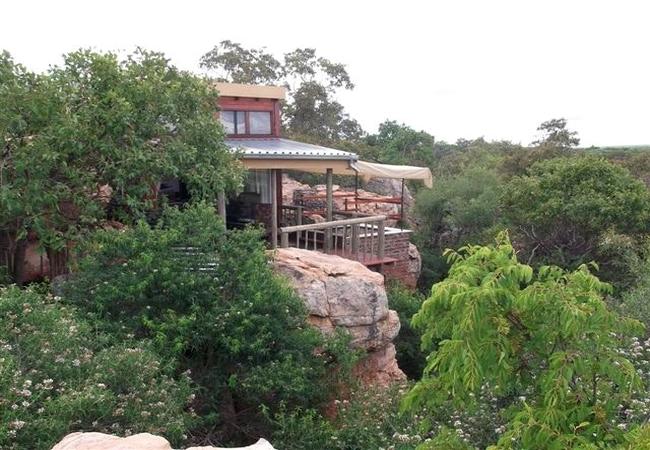 Madikela Game Lodge