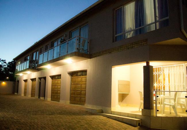 Madiolyn Holiday Apartments