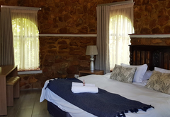 Magalies Mountain Lodge and Spa