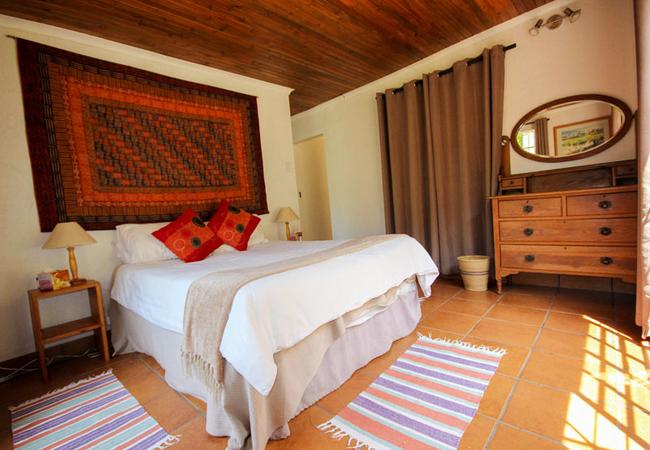 Trogon bedroom