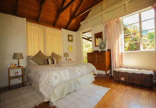 Robin main bed room