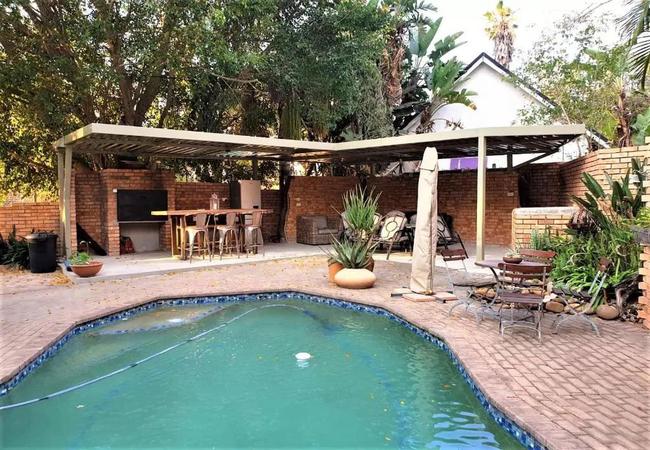 Mahogany Guesthouse