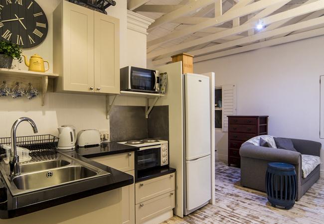 Studio Apartment Room 5