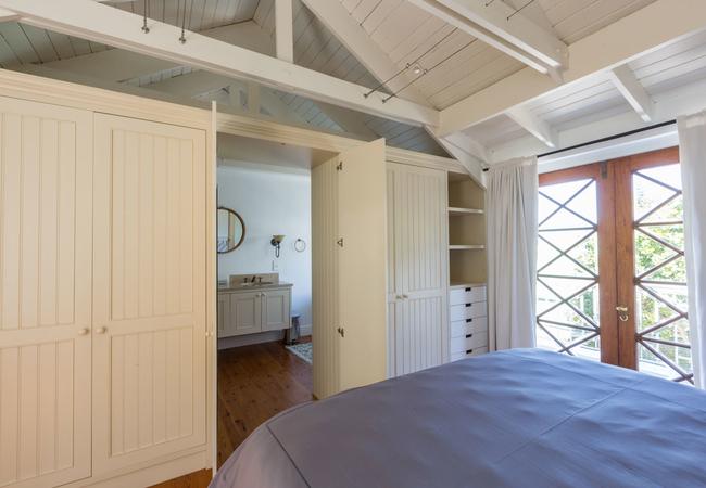 Majestic Three Bedroom Apartment