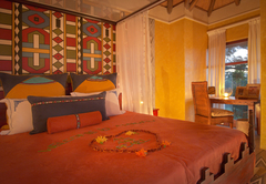 Ndebele Villa Main Bedroom