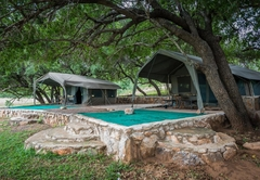 Maninghi Lodge