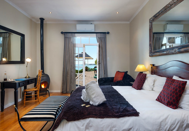 Luxury Rooms with Sea View