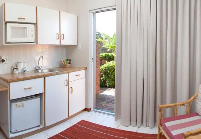 Superior Garden Courtyard Suite 2