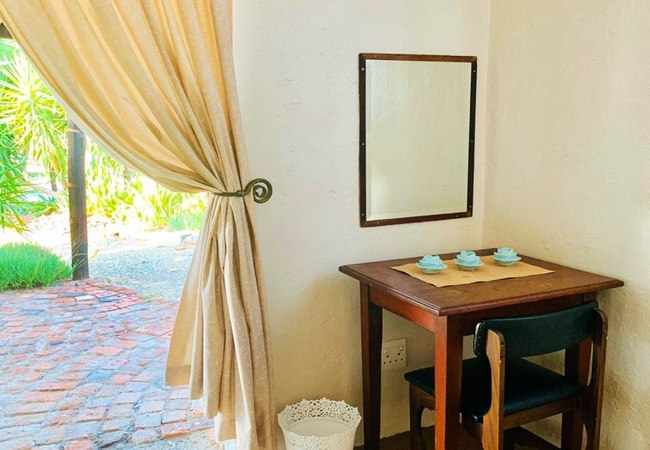 Guinea Fowl Cottage Room 1 Double