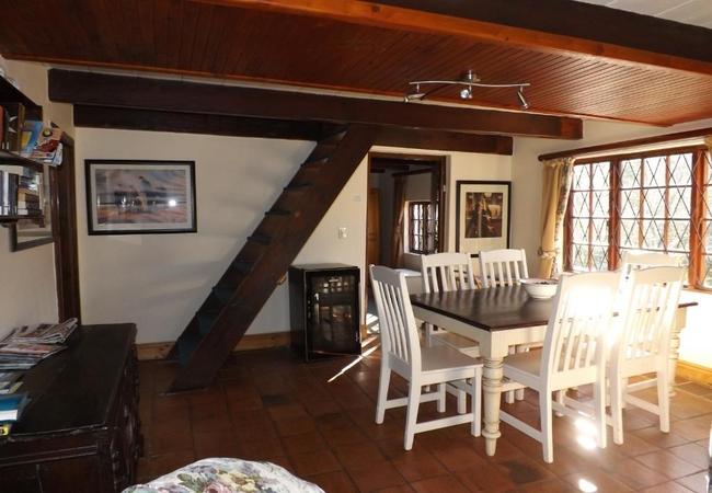 Birdsong House (sleeps 8 guests)