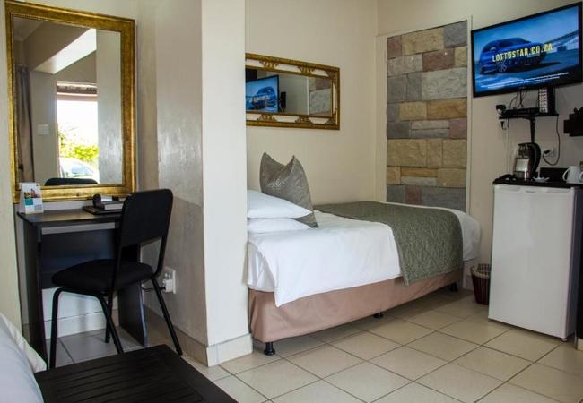 The Savannah Room
