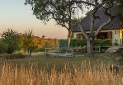 Mbizi Bush Lodge