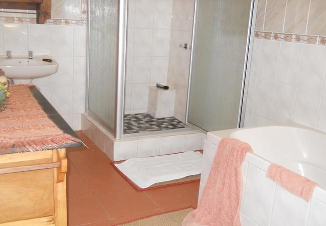 Wolmado Bathroom
