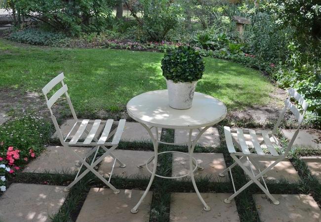 The Garden room patio