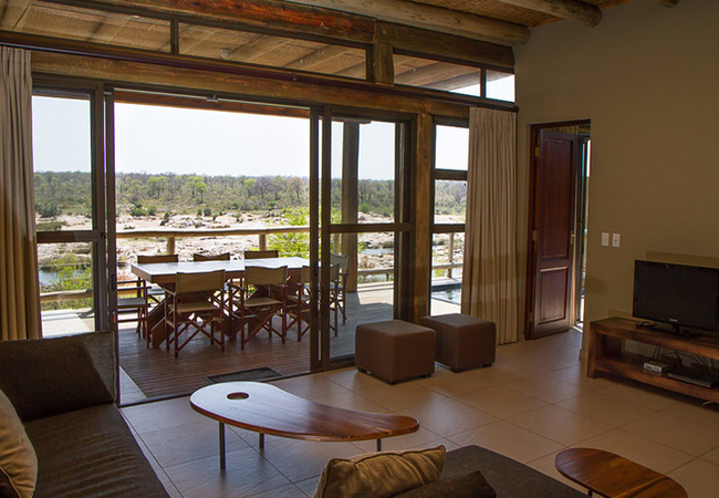 3 Bedroom River lodge