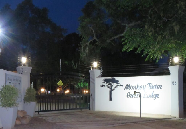 Monkey Thorn Guest Lodge