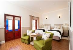 Luxury Twin Bed Garden Room