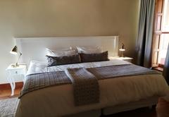 Double Room 02