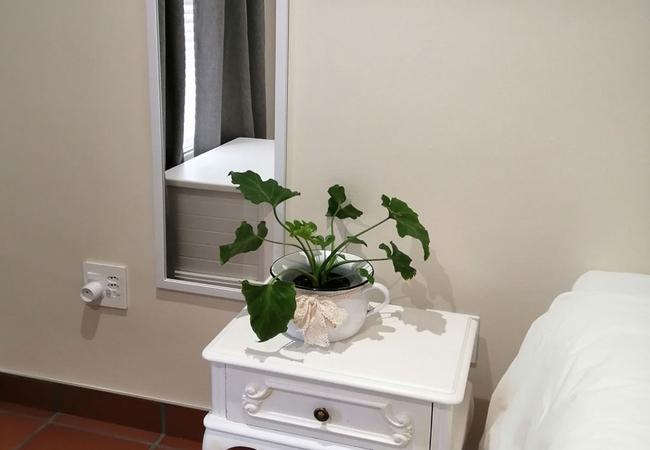 Garden Room 8