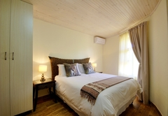 Monzi Safaris Lodge
