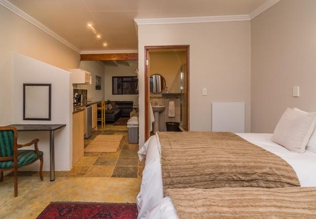 Romeo Apartment 6