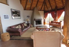 Main lodge - sitting room