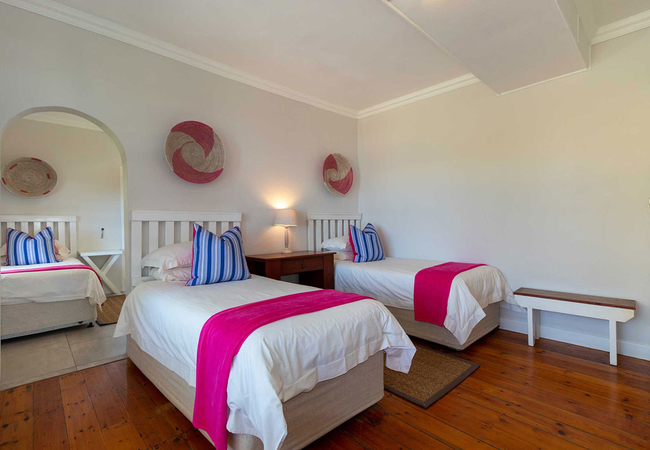 Deluxe Family Suite with Sea View