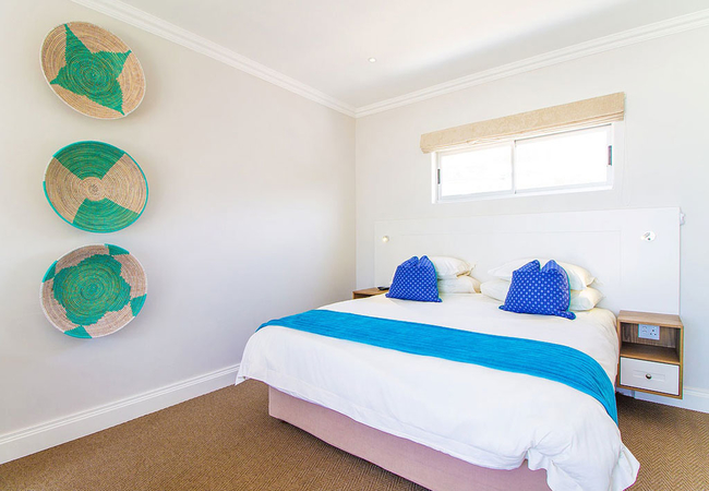 Deluxe Family Suite with Pool and Sea View