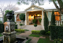 Accommodation in Northcliff
