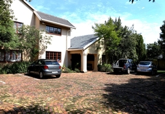 Guest House in OR Tambo International