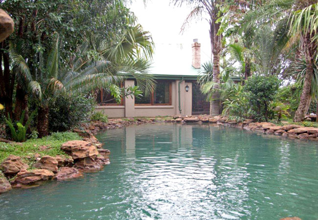 Motozi Lodge In Hartbeespoort North West Province