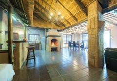 Motozi Lodge