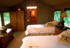 Motsomi Lodge & Tent Camp