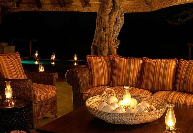Main lodge lounge @ Pool
