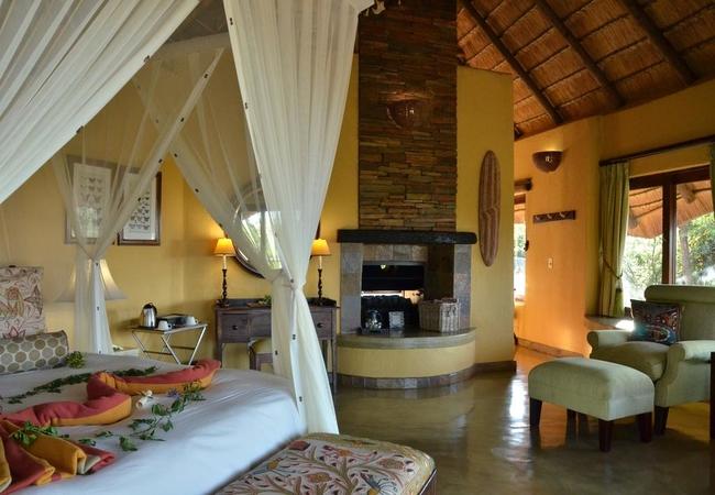 Luxury Bush Villa room