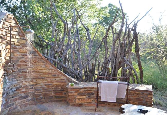 Bush Villa outside shower